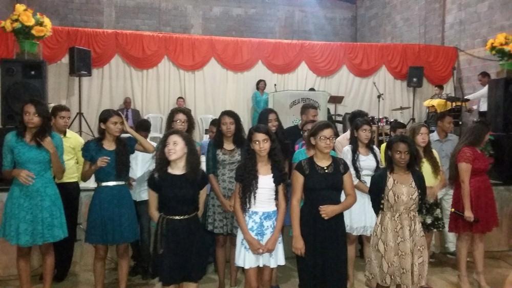 Fotos do culto realizado na Igreja Jeová Tsidkenu, no dia 29 – 11 – 2015, durante o congresso de Jovens Geração de Adoradores