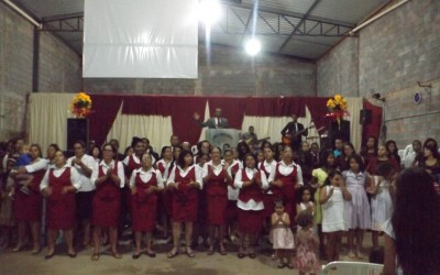 Mais um excelente álbum de fotos da festa de aniversário de 7 anos da Igreja – Agradecimento especial aos irmãos Henderson e João Vitor pelas imagens